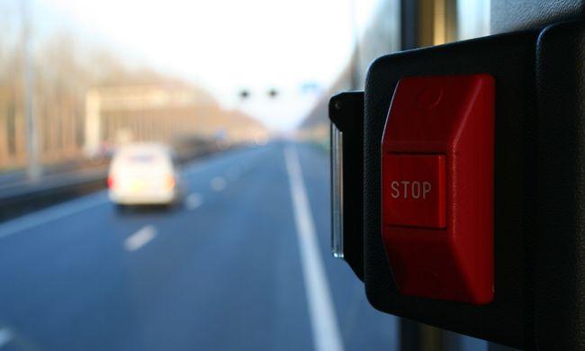 """Taxival """"üldözte"""" a budapesti buszt Szilvia, nem engedte felszállni a sofőr"""