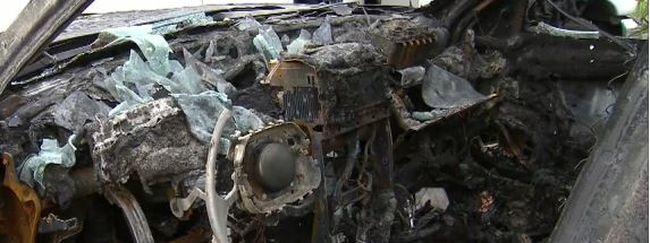 Magától gyulladt ki a telefon, a kocsit is rommá égette - videó