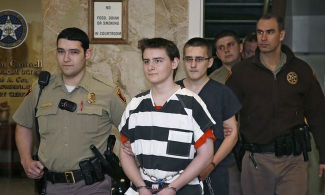 Bárddal végezte ki a családját ez a testvérpár, híres gyilkosok akartak lenni