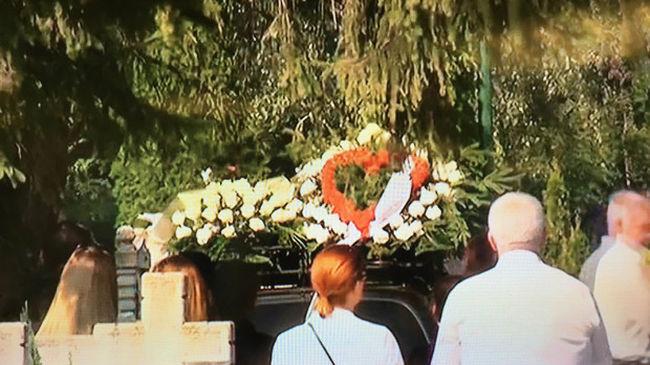 Eltemették a román orvos által megölt nyíregyházi édesanyát