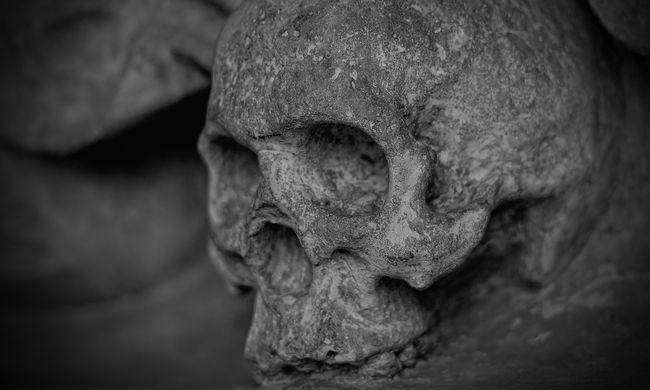 20 év után találták meg a férfi holttestét - végig a szobájában volt
