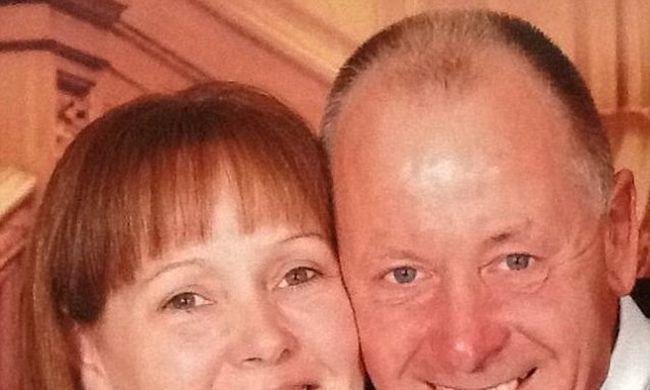 Halálra szurkálta feleségét, lánya könyörgött, hogy segítsenek neki