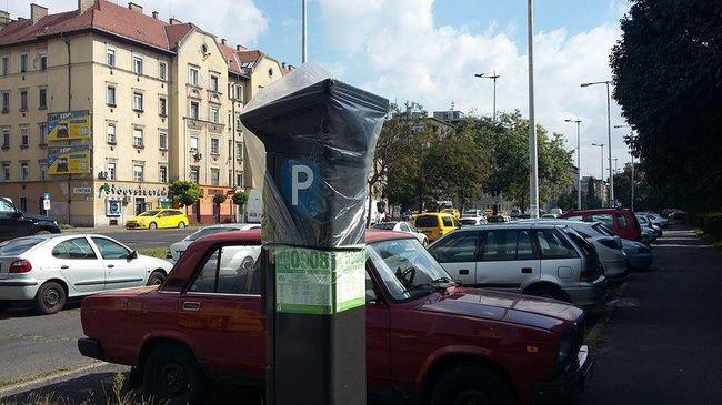 Vége a ferencvárosi ingyen parkolásnak - itt kell majd fizetni