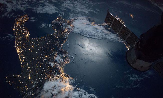 Hatalmas, irányíthatatlan űrállomás zuhan a Föld felé