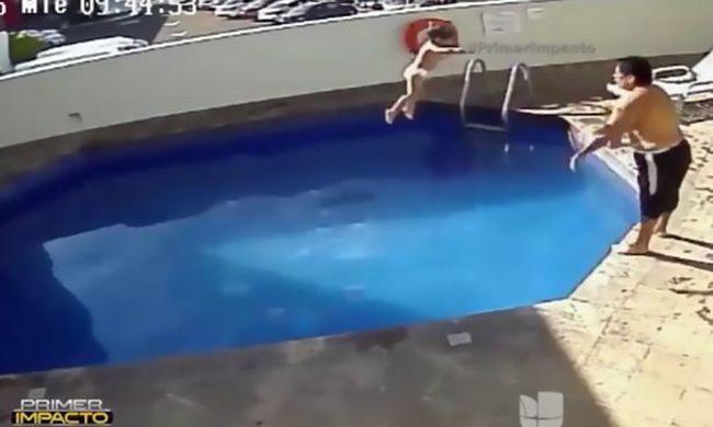 Halálos játék: medencébe dobálta az úszni nem tudó 3 éves kislányt, meghalt