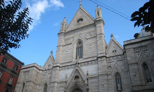 4 milliót loptak el egy templomból