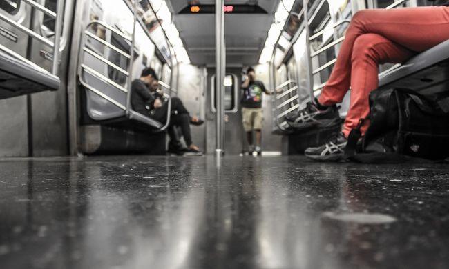 Halálos metróbaleset történt: 13 éves lány veszítette életét a síneken