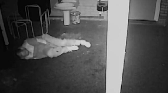 Kificamította a bokáját a peches betörő - videó
