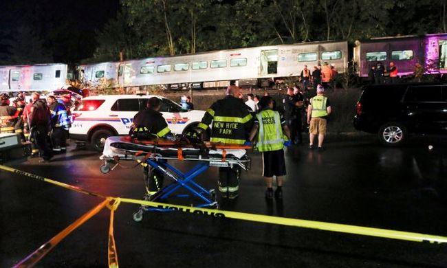 Kisiklott egy vonat, rengeteg a sebesült