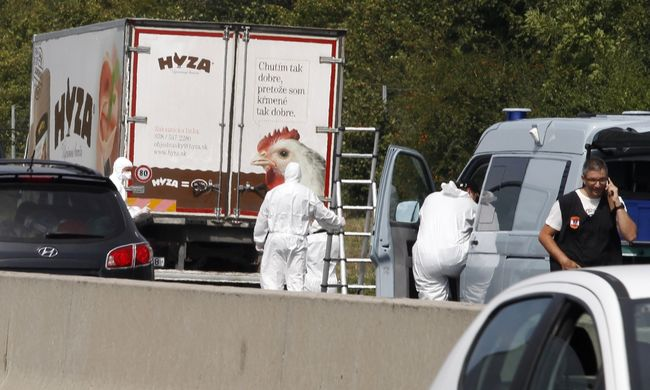 71 migráns fulladt meg miattuk a hűtőkocsiban - 3 embert még keresnek