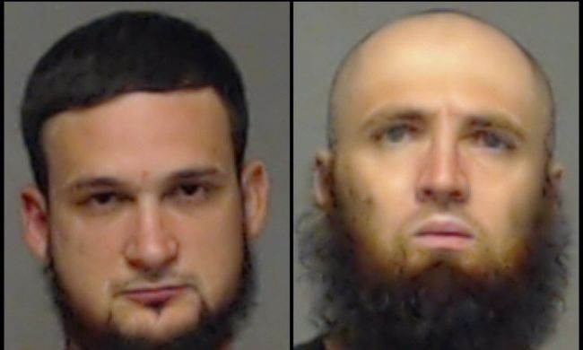 Terroristák akartak lenni, terveiket véletlenül elmondták az FBI-nak