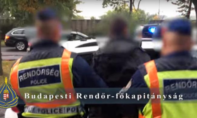 Szabadságon lévő rendőr fogta el a fiatalt, aki egy idős férfit vert