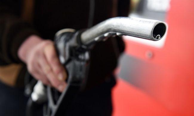 Jó hír a sofőröknek, ez várható a benzinkutakon