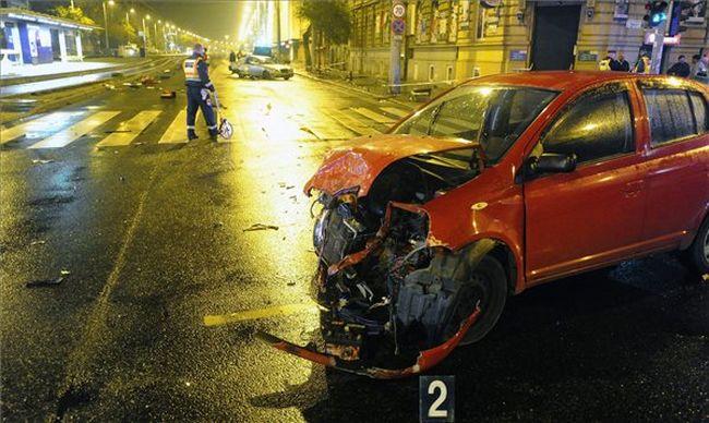 Szörnyű baleset történt a fővárosban: több embert kórházba vittek, egy ember meghalt