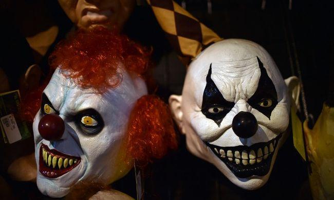 Már a szomszédban is garázdálkodnak az őrült bohócok