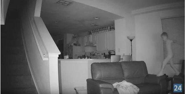 Nem hitték el a szülők, mit csinál éjszaka a kisfiuk - videó