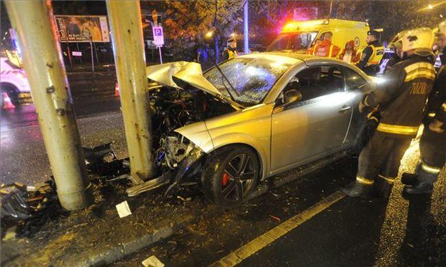 Tragikus baleset: hosszan küzdöttek a sofőr életéért, de hiába