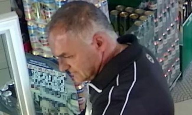 Pofátlanul lopott a boltból a férfi, felvette a kamera, felismeri?