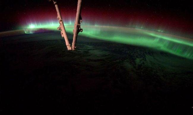Lenyűgöző képeket posztoltak az űrből