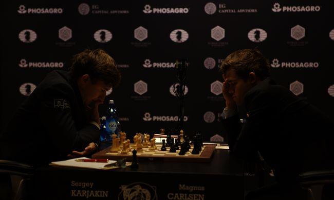 Exkluzív: igazi legendák bukkantak fel a sakkvilágbajnokságon!