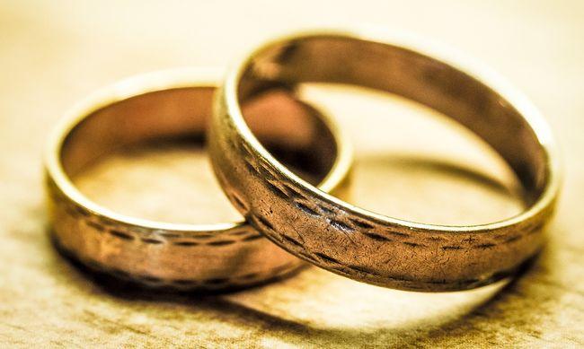 Két felesége volt a notórius bűnözőnek: anya és a lánya