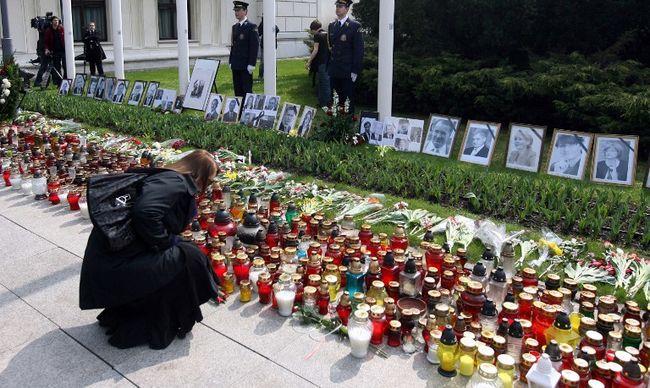 Kiemelték a sírból az elnöki párt - lehet, hogy meggyilkolták őket?