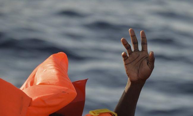 Partra sodródva találták: 6 éves halott migráns feküdt a homokban