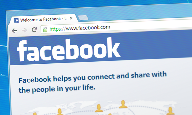 Megint haldoklik a Facebook, ezért dobálja ki a felhasználókat