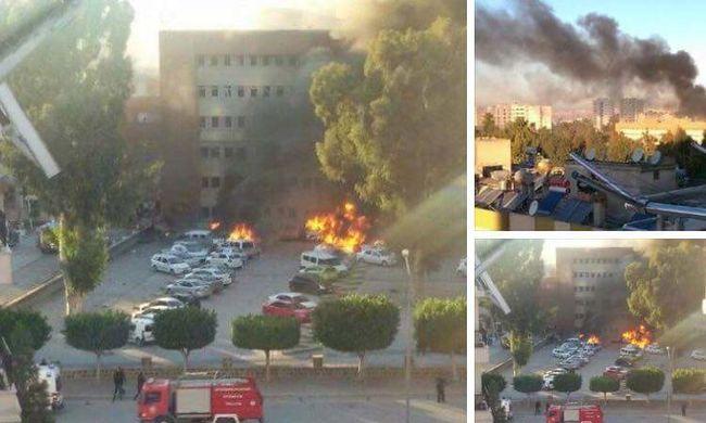 Hatalmas robbanás rázta meg a kormányépület parkolóját