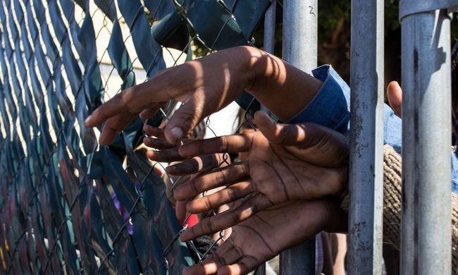 A migránsok haza nem, inkább börtönbe mennek