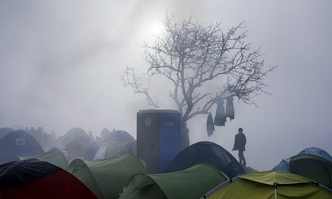 Rohamosan nő a migránsok száma Európában