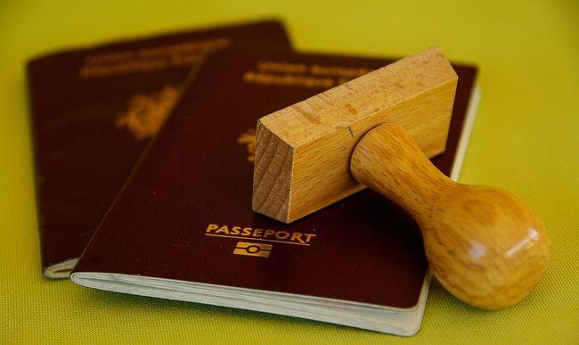 Ingyen kaphatnak útlevelet az idősek