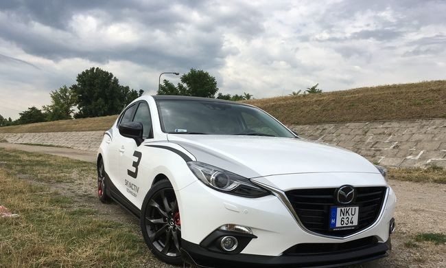 Mazda 3 Sport teszt: a tűz csiholója