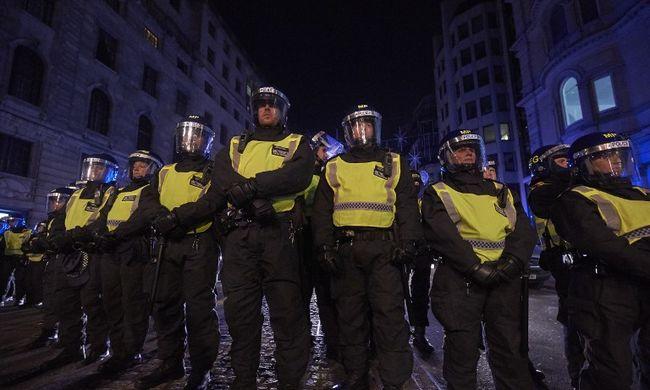 Kétségbeejtő adatok: egyre több a terrorista Európában