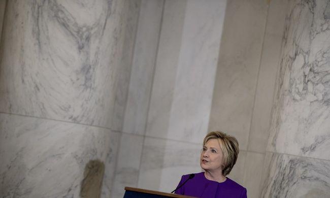 Clinton háborút indít