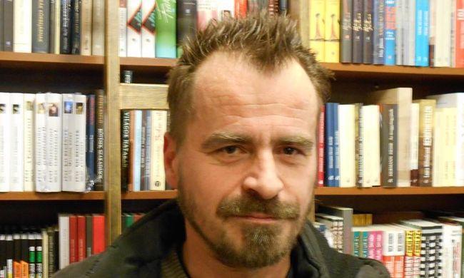 Fél disznóval díjazzák a magyar költő művészetét