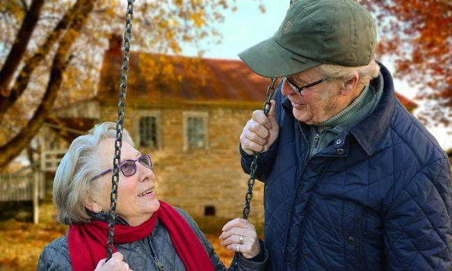 Szomorú eredmények: a nők fele, a férfiak harmada elbutulhat időskorára