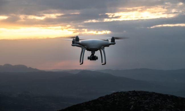 Elszabadult egy drón Budapesten, súlyos balesetet okozott