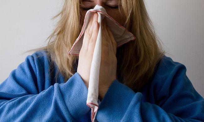 Túl sok az influenzás, látogatási tilalmat rendeltek el a kórházakban