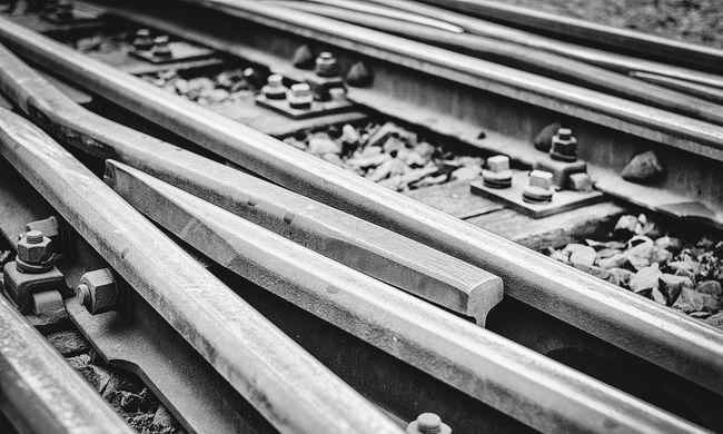 Nagyot tévedett egy idős bácsi, miatta töröltek több vasúti járatot is