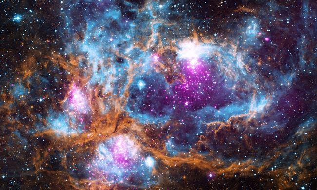 Gyönyörű, színes és nagyon forró galaxis képével kedveskedtek az űrkutatók