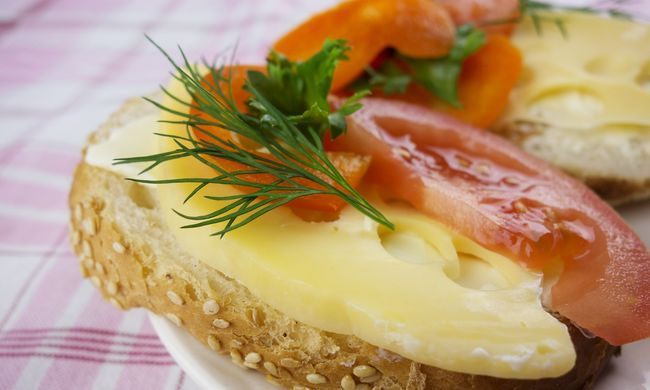 Sajtos szendvics okozta a fáradt férfi halálát
