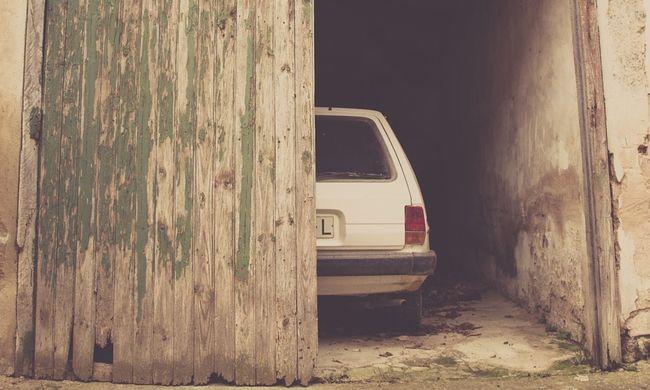 Mumifikálódott holttestet talált az autóban a házvásárló