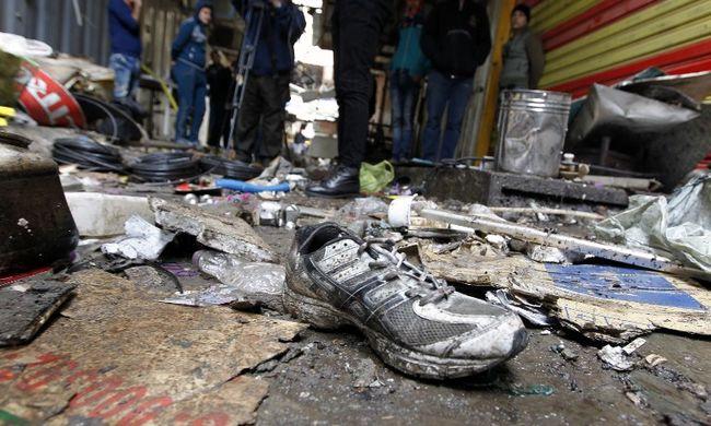 Bombák robbantak a piacon, rengeteg a halott