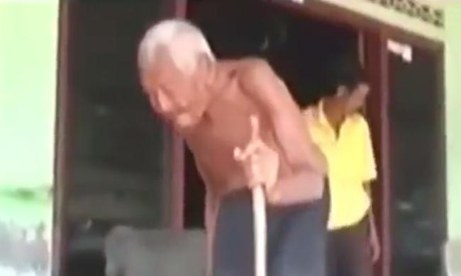 Csaknem másfél évszázados a világ legidősebb embere