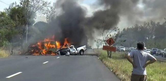 Tragikus buszbaleset: 25 ember halt meg az ütközésben