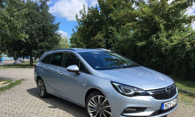 Opel Astra Sports Tourer 1.6 BiTurbo CDTI teszt: jó lesz a főnöknek