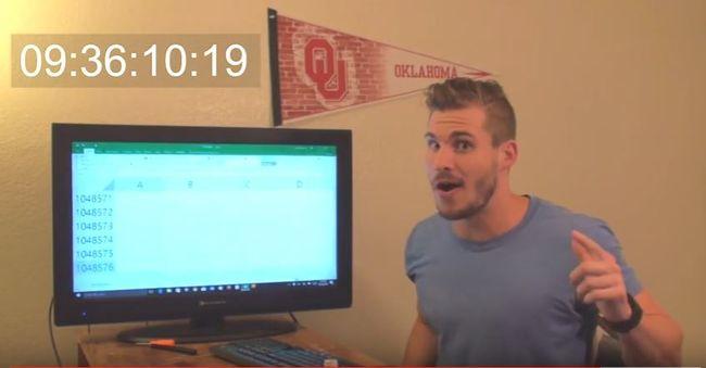 Legörgetett egy Excel táblázat aljára, hogy megtudja, hány sorból áll - videó