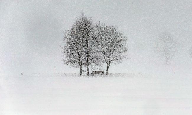 Kiadták a riasztást: hófúvás érkezik