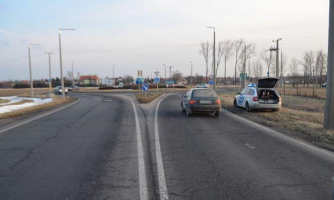 Leszorította az útról az őt üldöző magyar rendőröket